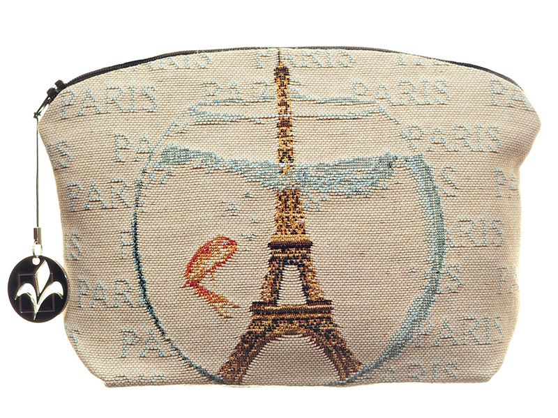 Париж и золотая рыбка